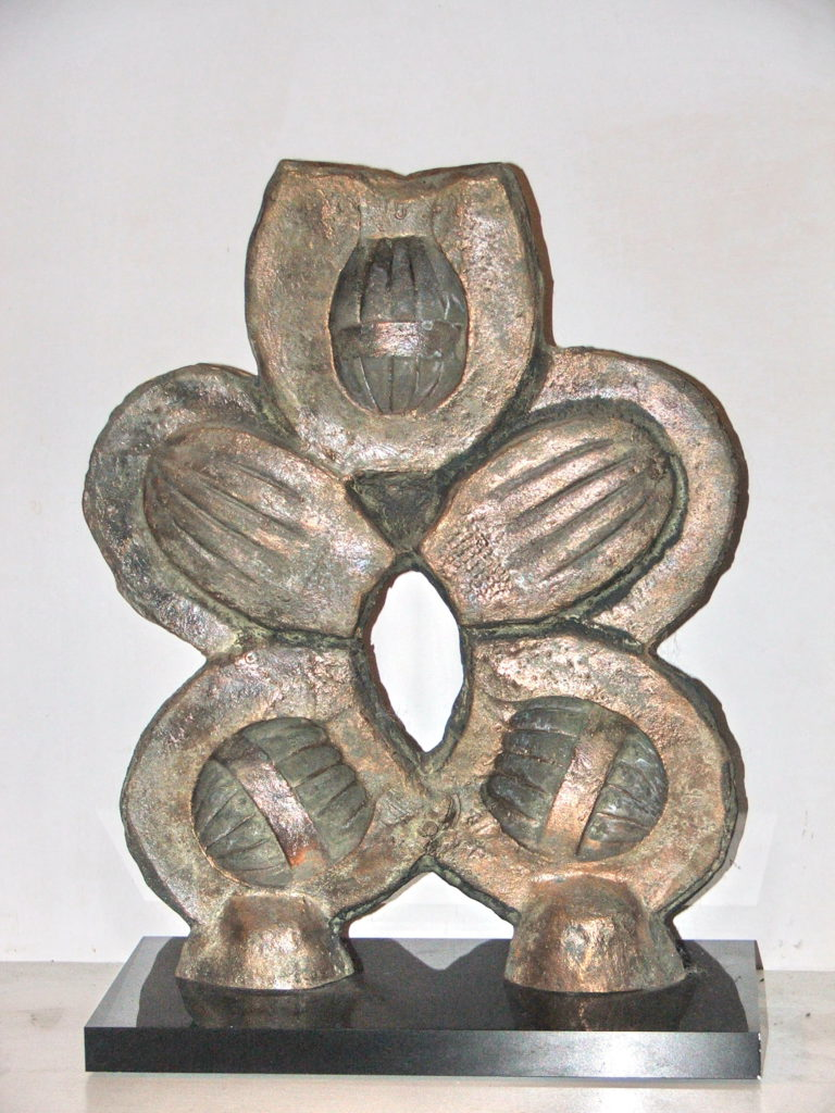 19 Totem bronzo2010